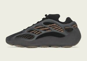 adidas YEEZY 700 V3 CLAY BROWN GY0189 MENS SIZE 4 *CONFIRMED ORDER*