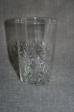 Beau verre gobelet en cristal taillé St Louis catalogue 1908