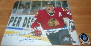 BECKETT JEREMY ROENICK SIGNED CHICAGO BLACKHAWKS 16X20 INACTION RED JERSEY PHOTO