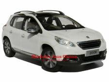Voitures, camions et fourgons miniatures blancs Peugeot 1:18