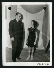 1940 Original 4x5 20th Fox Keybook Candid Photo Shirley Temple & Studio Visitor