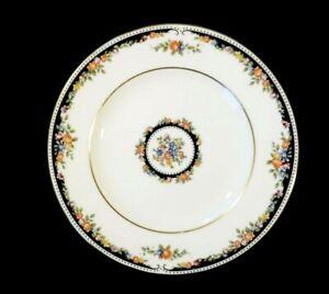 Beautiful Wedgwood Osborne Bread Plate