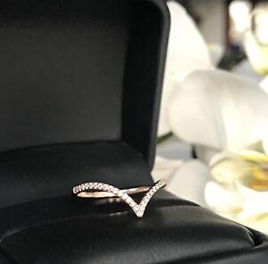 1/6 C Round Cut chevron V shape Stackable Anniversary Wedding Band 14K Rose Gold