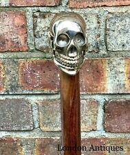 WALKING STICK BADGE DEATHS HEAD 3 cm NOVELTY PIRATE SKULL PEWTER GOTHIC