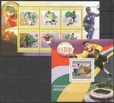UC154 2010 COMOROS SPORT FOOTBALL SOCCER BL+KB MNH
