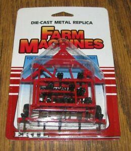 *Case  IH International Harvester Minimum Tillage Plow  1/64 Ertl Farm Toy  1986