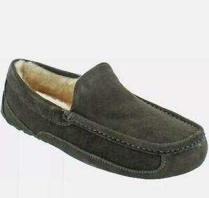 Ugg Men's Ascot Olive Green Suede Wool Slip On Loafer Slipper Size 8 US New