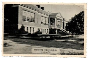 VA Virginia Leesburg High School Building Scene Loudoun County Postcard
