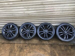 VAUXHALL Vectra 2002/09 SET OF ALLOY WHEELS AND TYRES SILVER 215/50 /R17