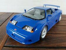 K.61) Burago Bugatti 11 GB  1:18