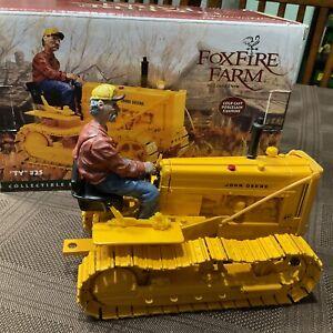 Ertl Foxfire Farm John Deere 40 Crawler With Collectible Figurine 1/16 Scale NIB
