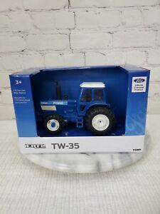 ERTL Ford Tractor TW-35 1/32 Diecast Blue Official License NiB