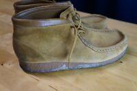 Men Clarks Originals Wallabees Tan Suede Lace Up Ankle Crepe Sole Shoe 9.5M