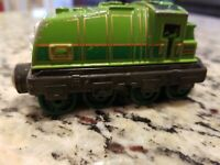 2013 GULLANE USED Take N Play Thomas the Tank Engine GATOR MAGNETIC DIE CAST
