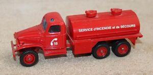 solido métal et plastique. camion pompier GMC