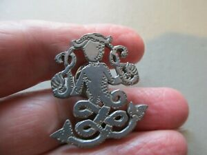 ANTIQUE VINTAGE SILVER TONE MERMAN OF MEIGLE SCOTTISH PICTISH CARVING BROOCH PIN