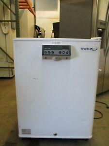 VWR PANASONIC SF-L6111W Undercounter refrigerator freezer