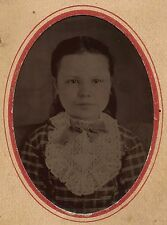 OLD VINTAGE ANTIQUE TINTYPE PHOTO LOVELY YOUNG GIRL w/ LARGE PRETTY LACE COLLAR