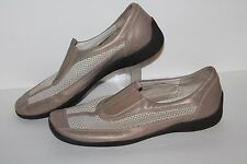 Amalfi Slip On Casual Shoes, Natural/Beige, Leather, Italy, Womens US Size 9
