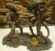 Alien VS Predator Diorama Figuras McFarlane Toys Con Luz Light