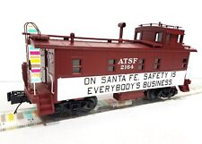 """MTH 30-77279  SANTA FE Offset Steel  """"SAFETY""""  Caboose near scale proportions"""
