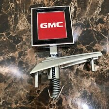 1981-1991 GMC SIERRA CLASSIC TRUCK NEW HOOD ORNAMENT (Made In Taiwan)