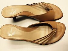 NEW WHITE MOUNTAIN WOMEN OPEN TOE SLIP-ON LEATHER SHOES/SALDALS Sz 6.5 M TAN MED
