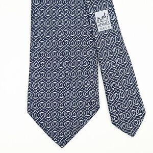 HERMES TIE 5101 HA Twisted Pattern on Dark Blue Classic Silk Necktie