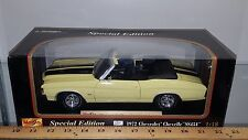 1/18 MAISTO 1972 CHEVROLET CHEVELLE SS454 CONVERTIBLE YELLOW w/BLACK SRIPES yd