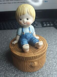 Enesco Collection Country Cousins Scooter Sitting On A Stump Trinket Box 1980