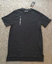 Men's Under Armour T Shirt Size Xl Colour Black