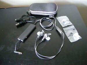 BOSE QUIETCOMFORT QC 20 IN-EAR HEADPHONES + OTHER BITS - BUNDLE / JOB LOT