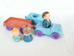 TOOTSIETOY 2 1968 Cars w/ 1 TRAILER .  And three people. LOT