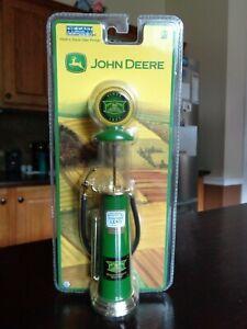 JOHN DEERE 1920'S STYLE WAYNE GAS PUMP GEARBOX DIECAST 2005