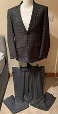 Cavani Mens 2 Piece Grey Suit (Jacket 46R & Trousers 40R)