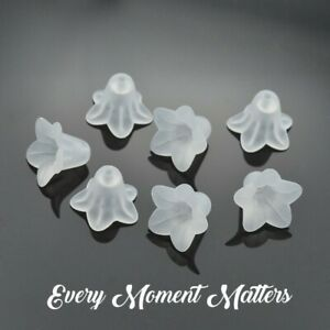 50 x WHITE FROSTED LUCITE ACRYLIC FLOWER BEAD GUARDIAN ANGEL WHITE FAIRY 14x10mm