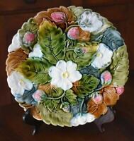 ESTATE MAJOLICA CABINET PLATE COLLECTION #1: WHITE FLORAL STRAWBERRY MOTIF