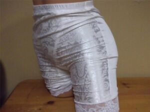 Vint Vanity Fair Floral Deluster Moderate Control Long Leg Panty Girdle White Lg