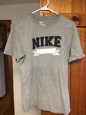 nike gray t shirt Med Reg. Fit