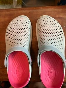 Crocs comfort clogs Lite Ride  9M