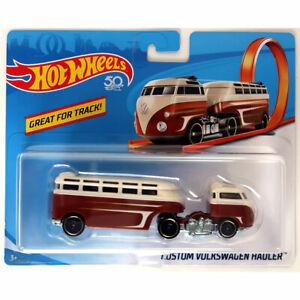 Mattel - Hot Wheels Die-Cast Vehicle - Track Stars - CUSTOM VOLKSWAGEN HAULER