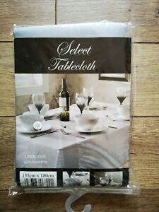 'Select' Linen-Look Polyester Tablecloth - Silver (135 x 180 cm)