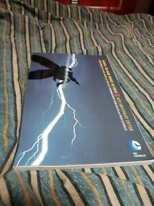 The Dark Knight Returns by Frank Miller and Frank Miller (2016, Trade Paperback…