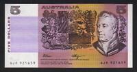 Australia R-212L. (1990) 5 Dollars - Fraser/Higgins.. Last Prefix QJR.. aU-UNC