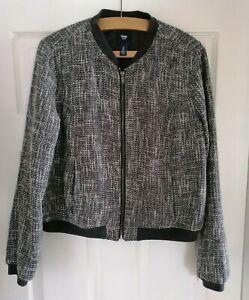 Ladies Gap Black Tweed Jacket Size M Black & grey Round Neck, Zip Front.