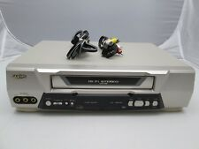 Sanyo  VWM-686 Hi-Fi Stereo Video VHS VCR  With Video Cables EUC