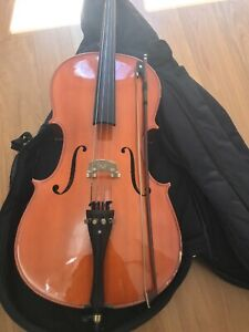 Cello 1/2 Size - with soft case and bow
