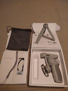 DJI Osmo Mobile 4 - Gimbal Stabilizer