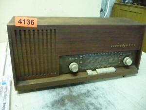 4136. Altes Loewe Opta Bella Modern Radio Röhrenradio