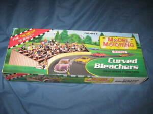 Model Motoring Curved Bleachers HO scale new